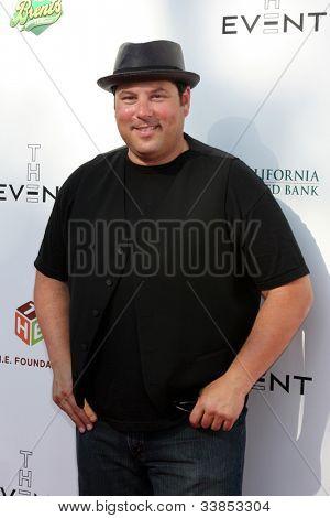 LOS ANGELES - JUN 9:  Greg Grunberg arriving at