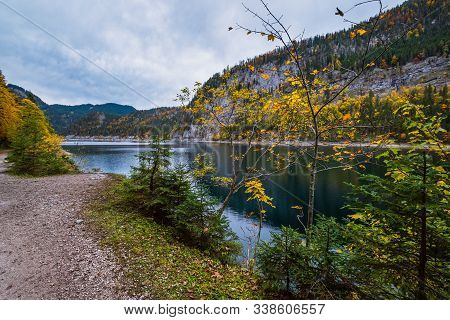 Gosauseen Or Vorderer Gosausee Lake, Upper Austria. Colorful Autumn Alpine View Of Mountain Lake Wit