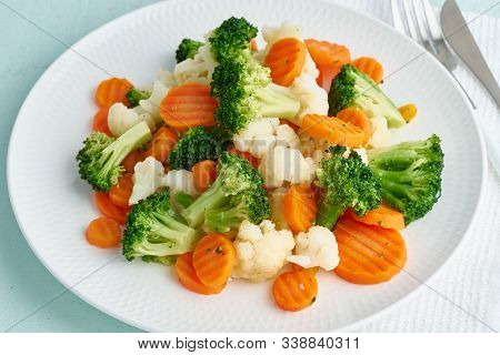 Mix Of Boiled Vegetables. Broccoli, Carrots, Cauliflower. Steamed Vegetables For Dietary Low-calorie