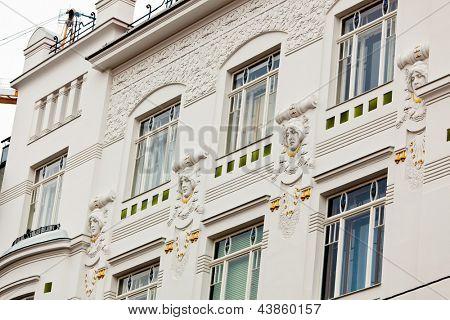 ein wunderschön renovierten Jugendstil-Gebäude. Renovierung der alten Stadthäuser.