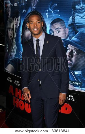 LOS ANGELES - APR 16:  Marlon Wayans at the
