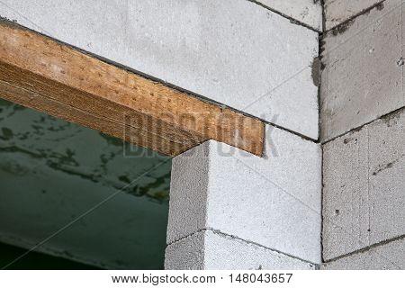 Door jamb in the corner during capital repair