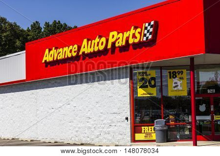 Ft. Wayne - Circa September 2016: Advance Auto Parts Retail Location. Advance Auto Parts is the largest retailer of automotive replacement parts and accessories in the US II