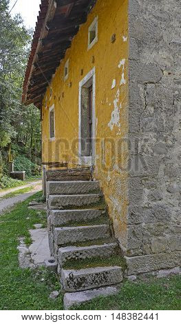 An old historic but now abandoned building in the north east Italian hill village of Pedrosa.