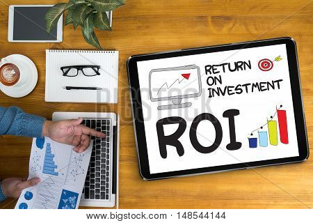 Roi Return On Investment Businessman Work Roi