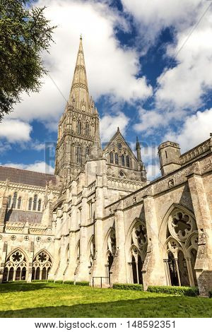 The quadrangle and cloisters of Salisbury Cathedral