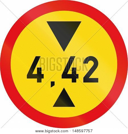 Temporary Road Sign Used In The African Country Of Botswana - Vehicles Exceeding 4.42 Metres In Heig