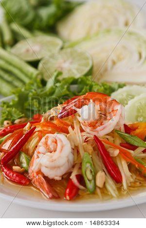 Green papaya salad (traditional and modern thai fo