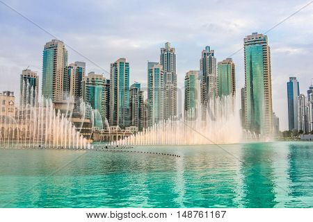 The Dubai Fountain is the world's tallest performing fountain in Downtown Dubai. The popular musical fountain of Dubai are one of the most visited attractions of the arab city.