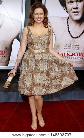 Jenna Fischer at the World premiere of 'Walk Hard' held at the Grauman's Chinese Theater in Hollywood, USA on December 12, 2007.