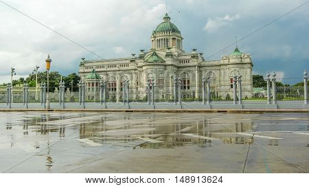 Ananda Samakhom Throne Hall, Bangkok, Thailand in raining day