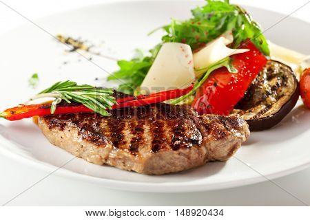 BBQ Steak with Vegetable Garnish