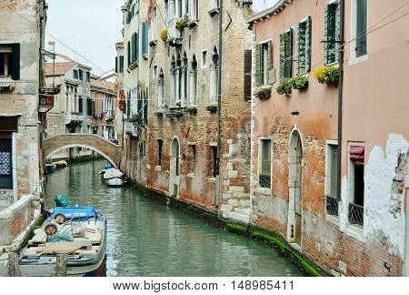 An amazing and incredible street in Venice