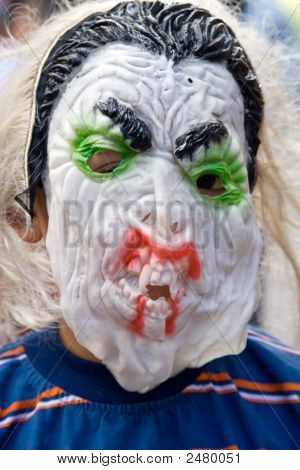 Monter Mask