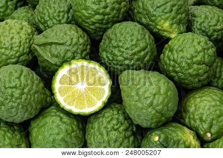 Kaffir Limes, One Cut Citrus, Ingredient For Health And Beauty Products