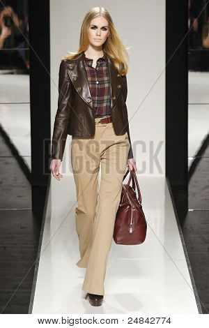 Aigner - Runway - Fall/Winter 2011 Collection - Milan Fashion Week