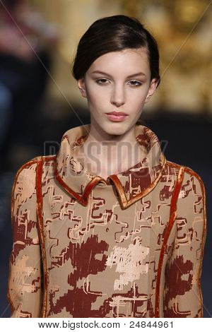 Aquilano Rimondi - Runway - Fall/Winter 2011 Collection - Milan Fashion Week
