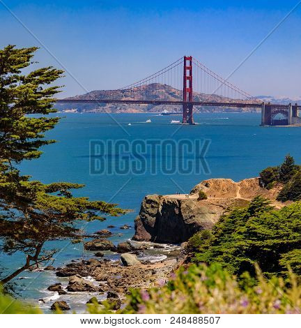 Golden Gate Bridge In San Francisco On A Clear Day