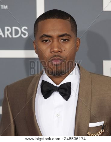 LOS ANGELES - FEB 10:  Nas arrives to the 2013 Grammy Awards  on February 10, 2013 in Hollywood, CA