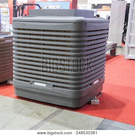 The Industrial Evaporator Air Cooler For Factory