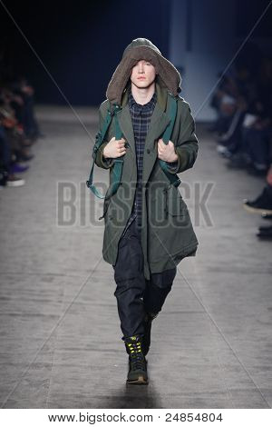 Y-3 - Runway - Fall/Winter 2011 Collection - New York Fashion Week