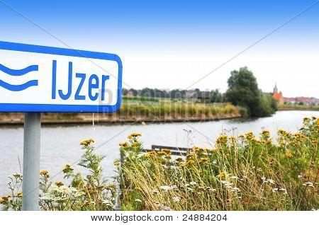 River IJzer in Flanders