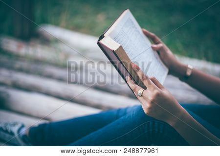 Girl Reading Love Reading Is A Life-giving Experience. Love Studying Educational Ideas And Reading