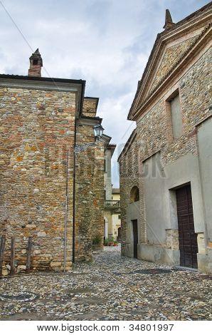 Alleyway. Travo. Emilia-Romagna. Italy.