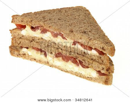Egg and Tomato Sandwich