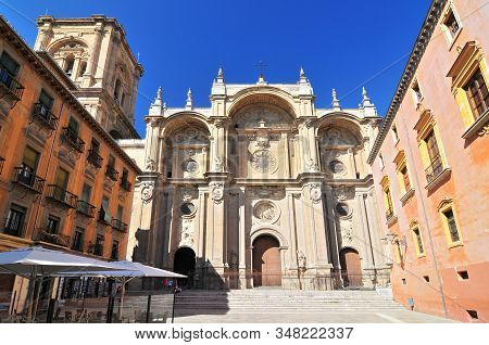 Spain, Andalusia, Granada, Plaza De Las Pasiegas, The Cathedral (cathedral Of The Annunciation) With