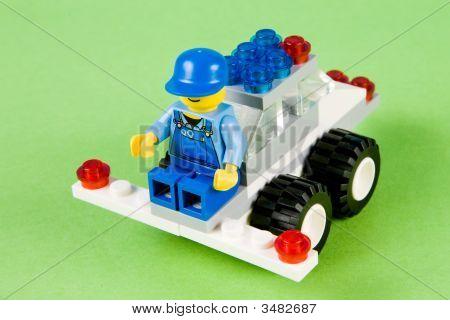 Lawnmower Built From Plastic Blocks