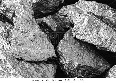Manganese, Manganese, Or Magnesium Stone Is A Chemical Element, It Is In The Manufacture Of Metal Al
