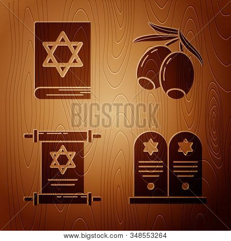 Set Tombstone With Star Of David, Jewish Torah Book, Torah Scroll And Olives Branch On Wooden Backgr