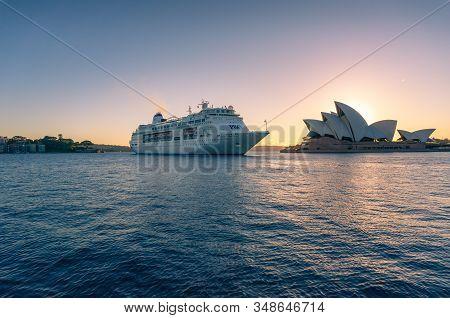 Sydney, Australia - November 24, 2016: Sydney Opera House And Large Cruise Ship At Circular Quay At