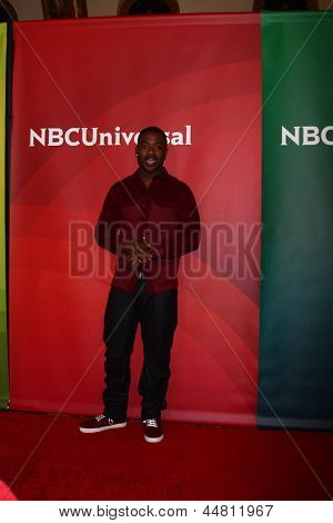 LOS ANGELES - APR 22:  Ray J Norwood at the NBCUniversal Summer Pres Day 2013 at the Huntington Langham Hotel on April 22, 2013 in Pasadena, CA