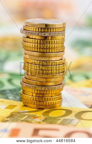 single stack coins, symbolic photo for financial planning, investment, investment