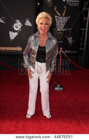 LOS ANGELES - APR 25:  Mitzi Gaynor arrives at the TCM Classic Film Festival Opening Night Red Carpet