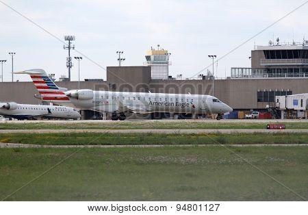 Bombardier Cl-600-2C10