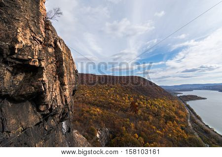 View of the hudson highlands and hudson river from breakneck ridge trail New York State