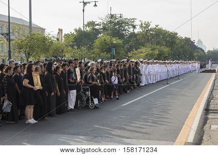 BANGKOK THAILAND - NOV 22 : The line up of people and military offical in national ceremony at ministry of Defence while the funeral of king Bhumibol Adulyadej in Grand Palace on november 22 2016