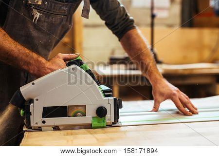 Sawing board