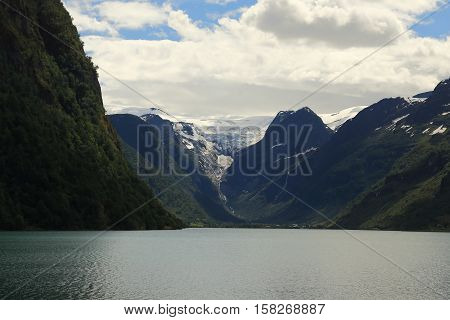 This is one of the branches of enormous glacier Josterdalsbreen which descends to the lake Oldevatnet.