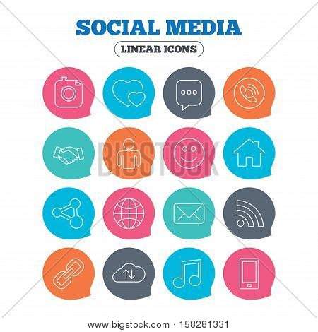 Social media icons. Speech bubble, lovers relationships and human person. Rss, share and mail envelope. Musical note, smartphone and smile. Flat speech bubbles with linear icons. Vector