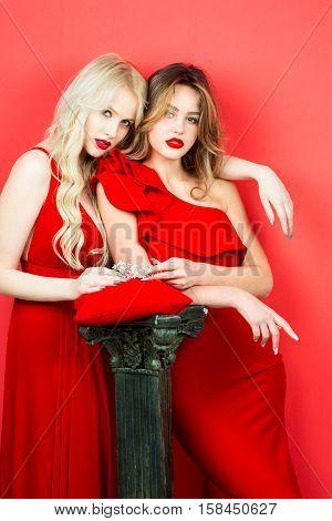 Sexy Pretty Girls In Red