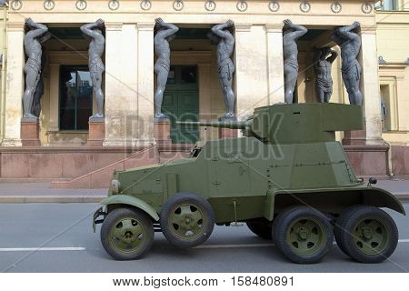 SAINT PETERSBURG, RUSSIA - MAY 05, 2015: Soviet cannon armored car 30-ies BA-3 at the entrance to the building of the New Hermitage. The historical landmark of the Saint-Petersburg