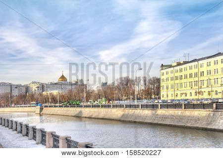 MOSCOW RUSSIA - November 11.2016: Riverbed of Vodootvodny Canal. Bolotnaya street and Kadashevskaya Quay. Late morning