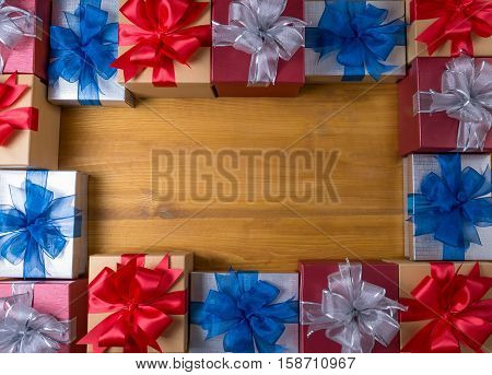 Box Gift  And Small Gift Wrapped , Presents And Christmas , Gifts In A Beautiful And Elegant Package