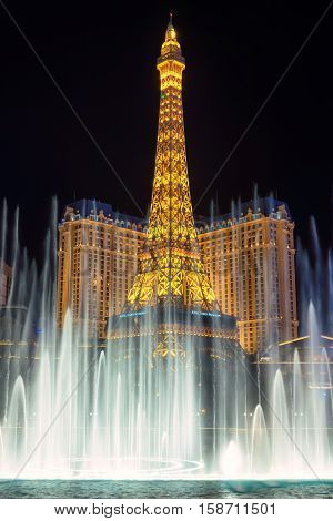 Las Vegas, USA - JULY 4, 2016: Las Vegas Eiffel tower and Bellagio fountain show on July 4, 2016 in Las Vegas, USA