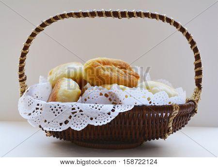 a basket of grandma's sweet rolls, a sweet dessert