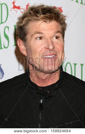 LOS ANGELES - NOV 27:  Winsor Harmon at the 85th Annual Hollywood Christmas Parade at Hollywood Boulevard on November 27, 2016 in Los Angeles, CA